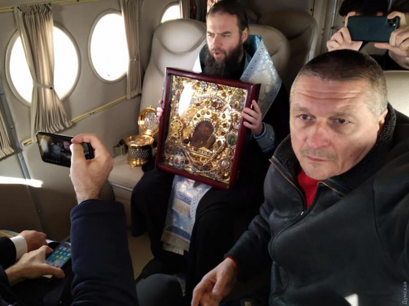 В Запорожье и Одессе УПЦ МП провели «воздушный крестный ход» против коронавируса