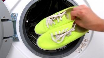 как правильно постирать обувь в «стиралке»