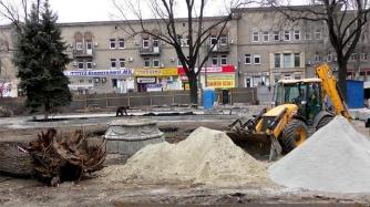 В Запорожье убрали памятник пионерам фото