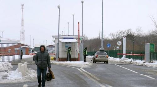 С 1 марта украинцы начнут ездить в Россию по-новому фото