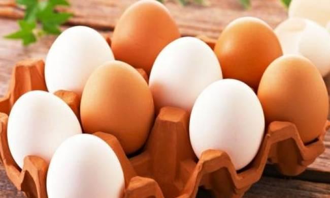 Коричневые куриные яйца полезнее белых? фото