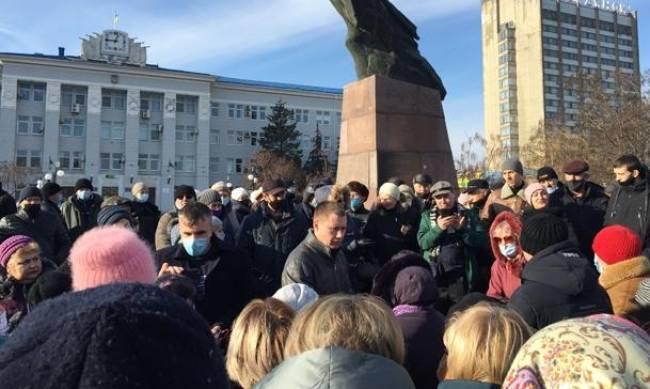 Бердянцы негодуют и поддержали общеукраинскую акцию протеста против повышения тарифов фото