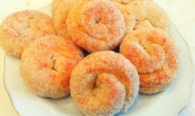 Рецепт дня: сахарное печенье на кефире фото