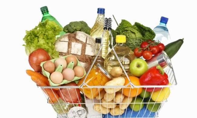 В Украине взлетели цены на продукты: экономист назвал причину фото