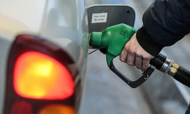 Украинцев предупредили о дефиците дизтоплива в мае: что будет с бензином