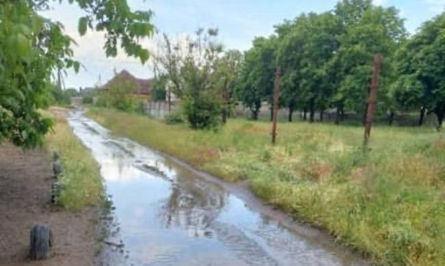 В Мелитополе после дождя утонула улица  фото