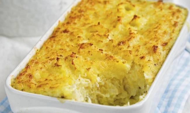 Рецепт дня: брандада - картофельная запеканка с рыбой и специями фото