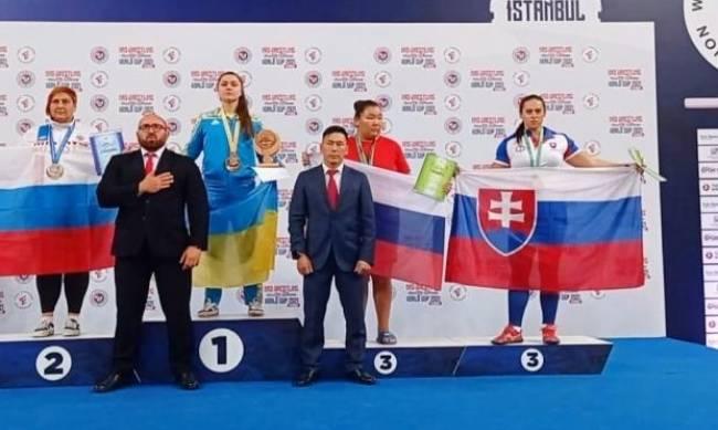Ольга Сукач вернулась в Мелитополь в статусе абсолютной чемпионки Европы по мас-рестлингу