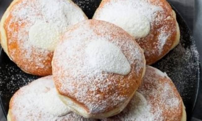 Рецепт дня: пончики с заварным кремом фото