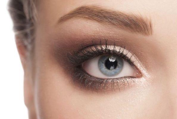 Как сделать шикарный макияж, если у вас только 10 минут