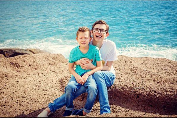 """Актер и комик студии """"Квартал 95"""" впервые рассказал, почему его сын учится в Москве"""