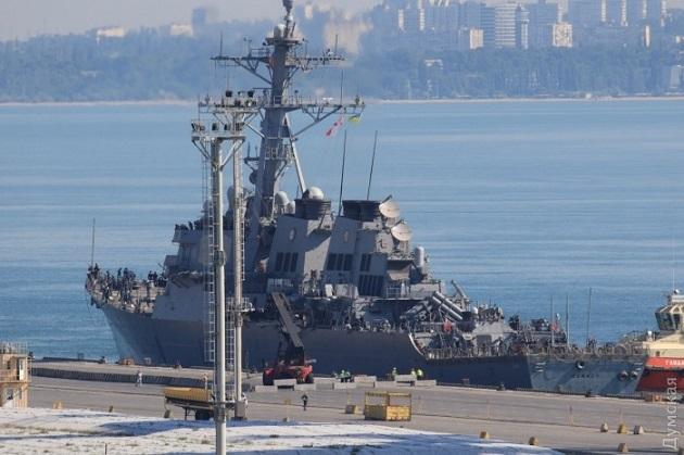 ВОдессу прибыли два самолета итри корабля НАТО