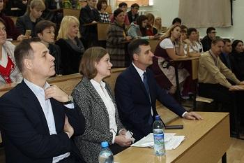 В Мелитополе прошла ярмарка тренингов для взрослых