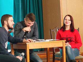 В Мелитополе выступал форум-театр, фото автора