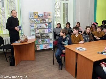 Фото Сергея КРЫЛОВА: На презентации новой книги Сергея Авдеенко
