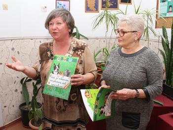 Фото МВ: Татьяна Кот и Галина Мирошниченко презентуют новую книгу