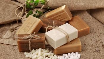 Хозяйственное мыло обладает уникальными свойствами