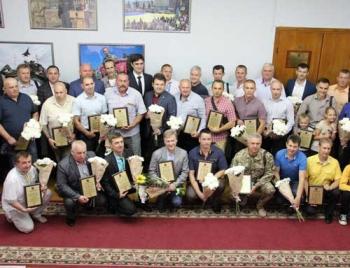 В Запорожье наградили мелитопольских отцов