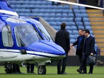"""СМИ: На борту рухнувшего вертолета находилось еще четыре человека, кроме владельца """"Лестер Сити"""""""