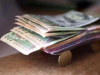 В Минсоцполитики предложили ввести пеню за задержку зарплат