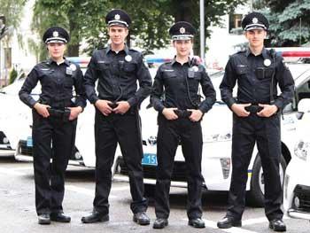В Кабмине решили давать полицейским по 5,3 тысяч гривен в месяц на аренду жилья