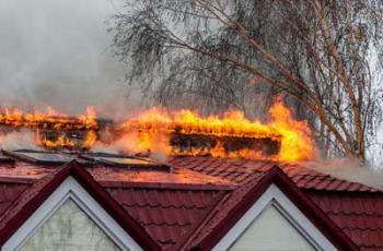 В частном секторе Мелитополя горела железная крыша